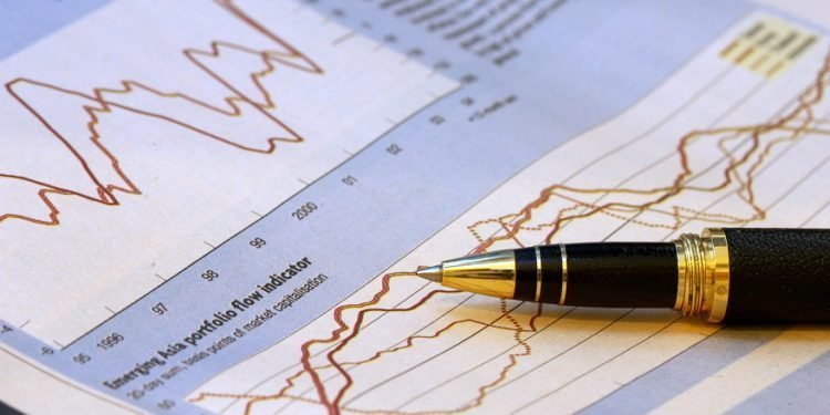 S&P: Ratingul României este BBB minus, iar perspectiva rămâne negativă