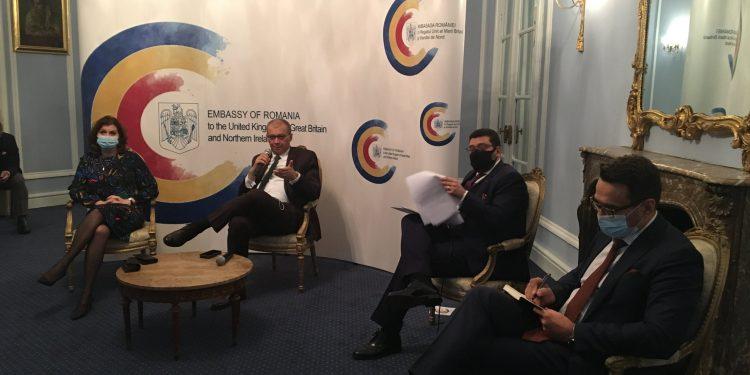 Puțini români din Marea Britanie s-au înscris să voteze prin corespondență