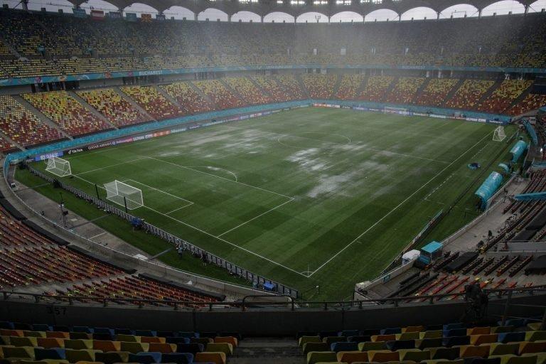 Arena națională, inundată